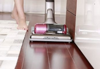 best vacuum cleaner for laminate floor